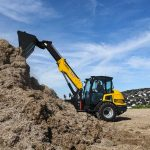 gehl-T750-articulated loader-excavator-caribbean-qlift-4