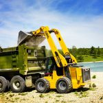gehl-v420-minicargador-excavadora-caribe-qlift-2